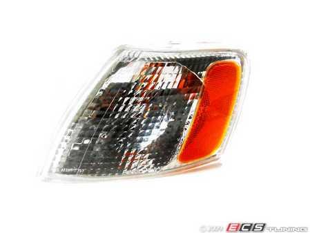 ES#10954 - 3B0953041D - Turn Signal Assembly - Clear/Amber - Left corner marker for B5 (pre-facelift) Passat models - Genera - Volkswagen