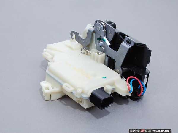 ES#340874 - 3B4839015AP - Rear Door Latch - Left - Often the solution for broken keyless entry - Genuine Volkswagen Audi - Volkswagen