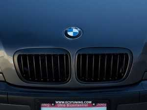ES#1892388 - BM01-4601-B - Blackout Grille Set - Matte Black - Add Euro styling to your E46 in minutes! - ECS - BMW