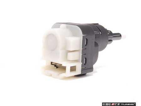 ES#2525028 - 1K2945511 - Brake Light Switch - Located behind the brake pedal - MTC - Audi Volkswagen