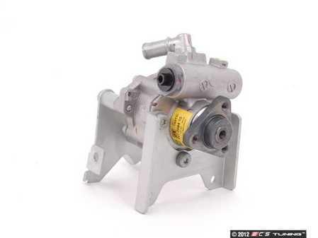 ES#2550451 - 32411094965 - Power Steering Pump - LF-30 - Direct replacement - LUK - BMW