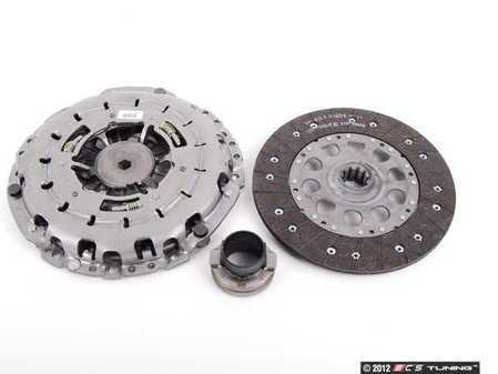 ES#41162 - 21217528209 -  Clutch Kit - Everything you need to replace your stock clutch in your 540i - Genuine BMW - BMW