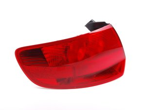 ES#459663 - 8P4945095H - Outer Tail Light - Left Side - Bring the quality look of your factory tail lights back to life! - Genuine Volkswagen Audi - Audi