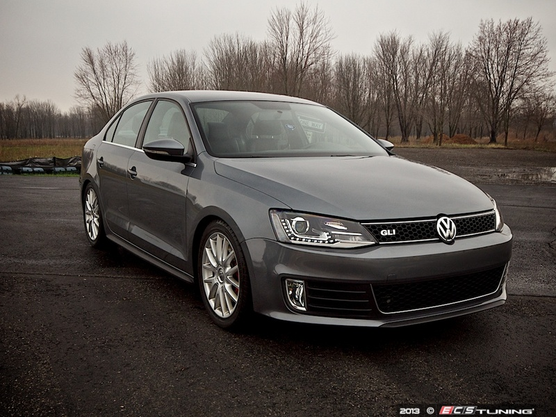 ECS News - MKVI Jetta Sedan European Hybrid Projector Headlights