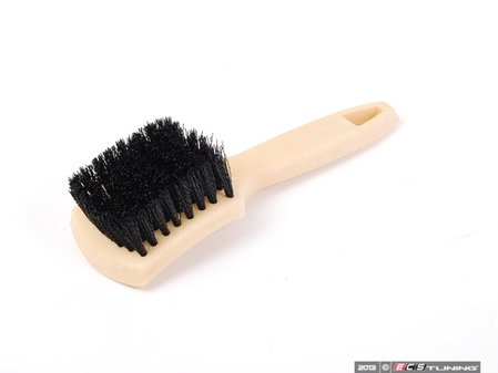 ES#2619286 - ACCG21 - The Nifty Interior Carpet Brush - Whether its between the pedals or under your seat, this brush is the right tool for the job - Chemical Guys - Audi BMW Volkswagen Mercedes Benz MINI Porsche