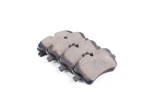 ES#2592930 - 0054206220 - Front Brake Pad Set - Does not include brake pad wear sensors - Bosch - Mercedes Benz
