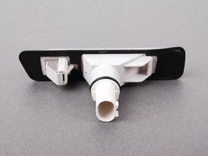 ES#2602597 - 63137164492 - White Fender Side Marker - Right - Replace your damaged or burned out side markers - FER - BMW