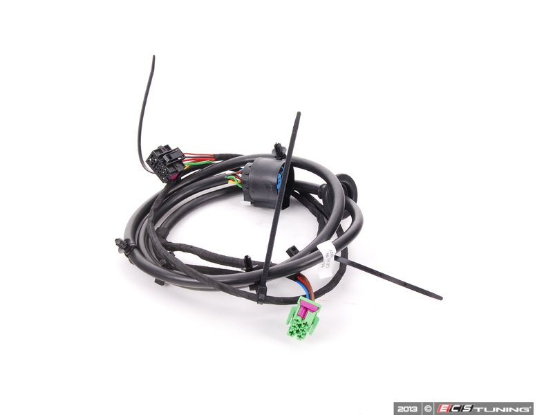 407985_x800 genuine porsche 95561250600 trailer hitch wiring harness wiring harness for trailer hitch at eliteediting.co