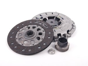 ES#2602681 - 21217515146 - Clutch Kit - Includes pressure plate, throwout bearing & clutch disc - LUK - BMW