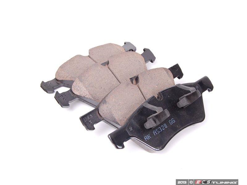 Akebono 1644200820 Front Euro Ceramic Brake Pad Set