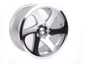 """ES#2919285 - 3S6891C9KT - 18"""" 0.06 - Set Of Four - 18""""x9.5"""" ET40 5x112 - Silver/Cut - 3SDM - Audi Volkswagen"""