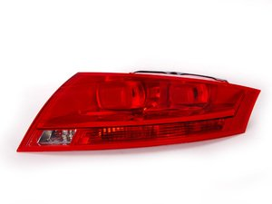 ES#3144000 - 8J0945096M - Tail Light - Red - Right - Keep the clean look of your exterior - Genuine Volkswagen Audi - Audi