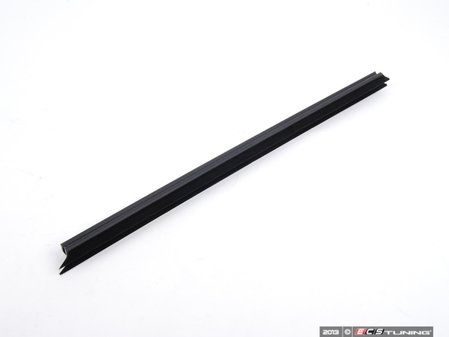 ES#2572449 - 51357258298 - Window Seal - Right - Goes along the rear right door panel  - Genuine BMW - BMW