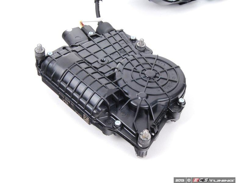 Genuine BMW - 51217185692 - Front Door Lock - Right (51-21-7-185-692)