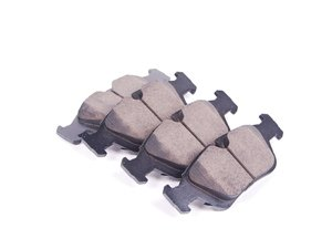 ES#250991 - EUR558 - Front Euro Ceramic Brake Pad Set - Offers excellent pedal feedback, low dust, and smooth initial bite. A favorite among BMW enthusiasts. - Akebono - BMW