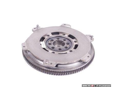 ES#2142832 - 21212229015 - Dual Mass Flywheel - Uses stock replacement disc - LUK - BMW