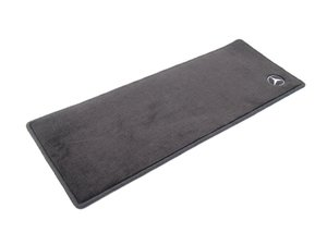ES#1827732 - Q6680413 - Carpeted Floor Mats - Black Color - Genuine Mercedes Benz - Mercedes Benz