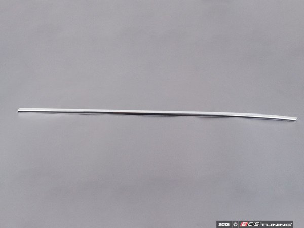 ES#89372 - 51211944232 - Front Lower Window Seal Trim - Right - Replace your scuffed or dented trim - Genuine BMW - BMW
