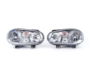 ES#2580876 - 1J0941017BKTNF - OE Headlight Set - Without fog lights, with clear turn signal lenses - TYC-Genera - Volkswagen