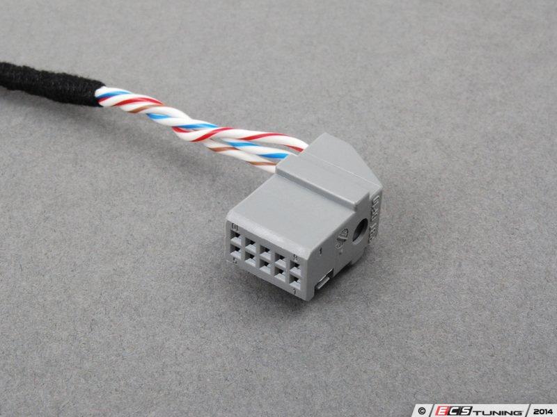 82110149389 Bmw E46 Aux Input Cable Retrofit Kit  82