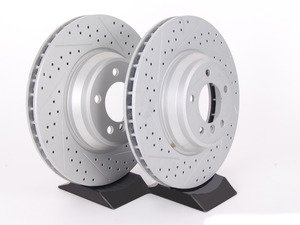 ES#2190265 - 6770729XSGMTLRA - Front Cross Drilled & Slotted Brake Rotors - Pair (348x30) - Featuring GEOMET protective coating offering superior rust protection for long lasting, great looking rotors. - ECS - BMW