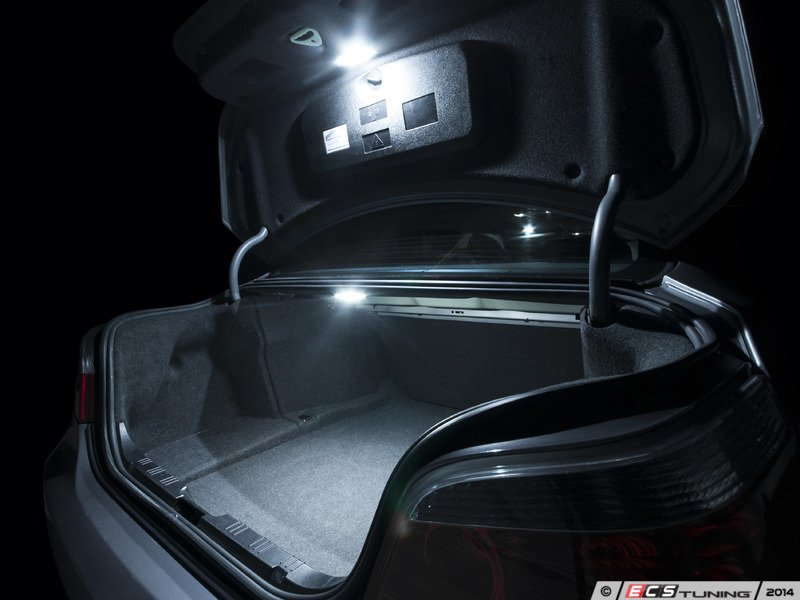 ECS News - BMW E60/61 5 Series Ziza LED Interior Lighting Kit