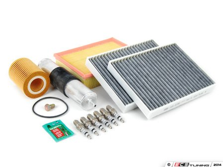 """ES#2723112 - E39M52IN2DKT - """"Dry"""" Inspection II Service Kit - Includes spark plugs and all filters - add your preferred fluids for a complete service - Assembled By ECS - BMW"""