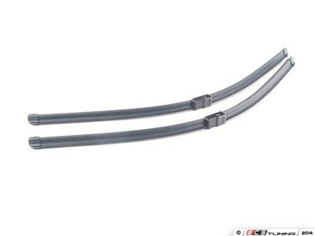ES#2738326 - 2208201745 - Window Wiper Blade Set - Don't Let Worn Wipers Impair Your Vision - Bosch - Mercedes Benz