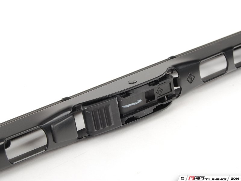 Ecs news mercedes benz w210 e class valeo wiper blade for Mercedes benz windshield wipers replacement