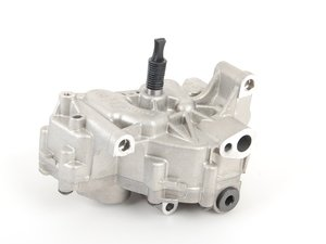 ES#23709 - 11417838311 - Oil Pump - Make sure your engine is properly lubricated - Genuine BMW - BMW