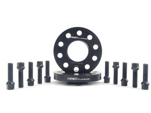 ES#2748291 - 6-ECS-024 - Wheel Spacer & Bolt Kit - 20mm With Black Ball Seat Bolts - Add some style to your Audi with these wheel spacers - ECS - Audi