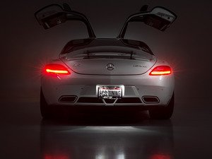 ES#2739312 - SLSLICENSLEDKT - SLS AMG LED License Plate Light Kit - Upgrade the license plate lights on your SLS AMG - go from yellow to HID colored white in minutes - ZiZa - Mercedes Benz