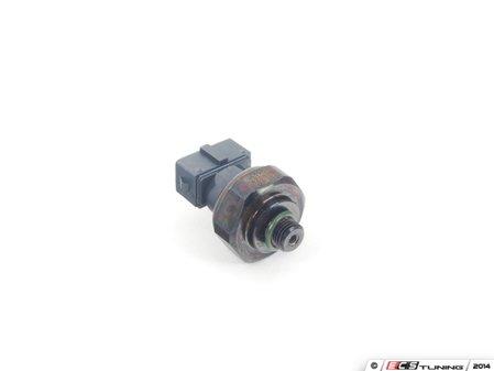 ES#2765463 - 1408300072 - A/C Prressure Switch - Located in the receiver / drier - ACM -