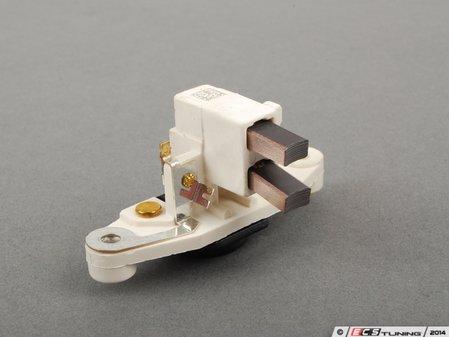 ES#2568917 - 92860314200 - Voltage Regulator - Located on the rear of the generator - Bosch - Porsche