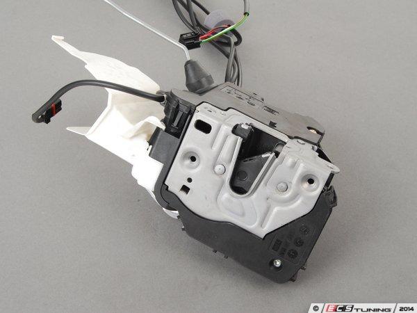 Genuine mercedes benz 1717202535 door latch assembly for Mercedes benz door lock problem