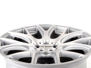 """ES#2804891 - 040-11 - 18"""" Style 040 Hyper Silver With Machined Face  - (18x10, ET43, 5x120, 72.6CB) - Alzor - BMW"""