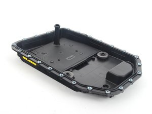 ES#2762899 - 24152333907 - Automatic Transmission Oil Pan With Transmission Filter - Includes gasket and magnet - Vaico - BMW