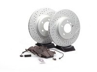 ES#2580179 - E4612346 - Performance Front Brake Service Kit - Featuring ECS GEOMET cross drilled and slotted rotors and Hawk HPS pads - Assembled By ECS - BMW
