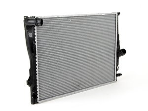 ES#2570181 - 17117562079 - Radiator - For vehicles with automatic transmission - Mahle-Behr - BMW