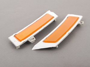 ES#1904200 - 63147274433 - Front Bumper Reflector - Set - Direct replacement from BMW! - Genuine BMW - BMW