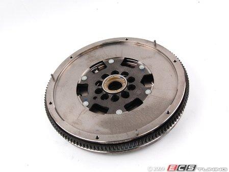 ES#1876871 - 022105266L - Dual Mass Flywheel - 240mm flywheel - LUK - Volkswagen