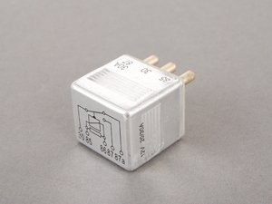 ES#2703176 - 0015420219 - Relay - Priced Each - Five (5) Pin Multi-Purpose Relay - Meyle - Mercedes Benz