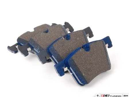 ES#2779707 - 8772-D1561 - Front Cool Carbon Street Sport Pad Set - Excellent street pad developed for daily driving and with a friction level increasing with heat for an added layer of protection when additional braking performance could be required. - Cool Carbon Performance - BMW