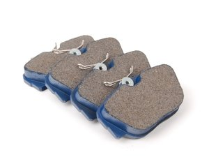 ES#2779689 - 7373-D493 - Front Cool Carbon S/T Performance Brake Pad Set - All-in-one brake pads that deliver pure undiluted performance - Cool Carbon Performance - BMW
