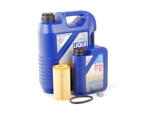 ES#2784970 - MK525OILKT -  Oil Service Kit - Includes Liqui Moly oil, Hengst filter, and standard drain plug - Assembled By ECS - Volkswagen
