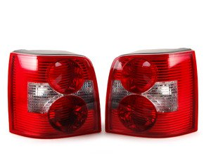 ES#2784603 - 3B9945095SKT - Wagon Tail Light - Pair - Quality replacement tail lights - TYC - Volkswagen
