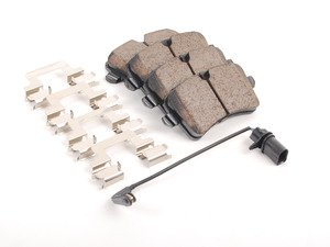 ES#2748615 - 4G0698451A - Rear Euro Ceramic Brake Pad Set (EUR1547A) - Includes brake pad wear sensor - Akebono - Audi Porsche