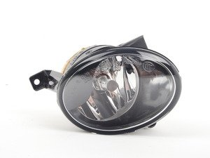 ES#2719454 - 5K0941700G - Fog Light Assembly - Right - Get great visibility in adverse conditions - Genuine Volkswagen Audi - Volkswagen
