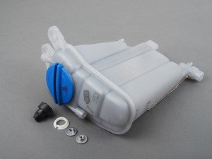 ES#2762641 - 8K0121405MKT1 - Expansion Tank Replacement Kit - Install a brand new expansion tank with a new cap and hardware - Assembled By ECS - Audi