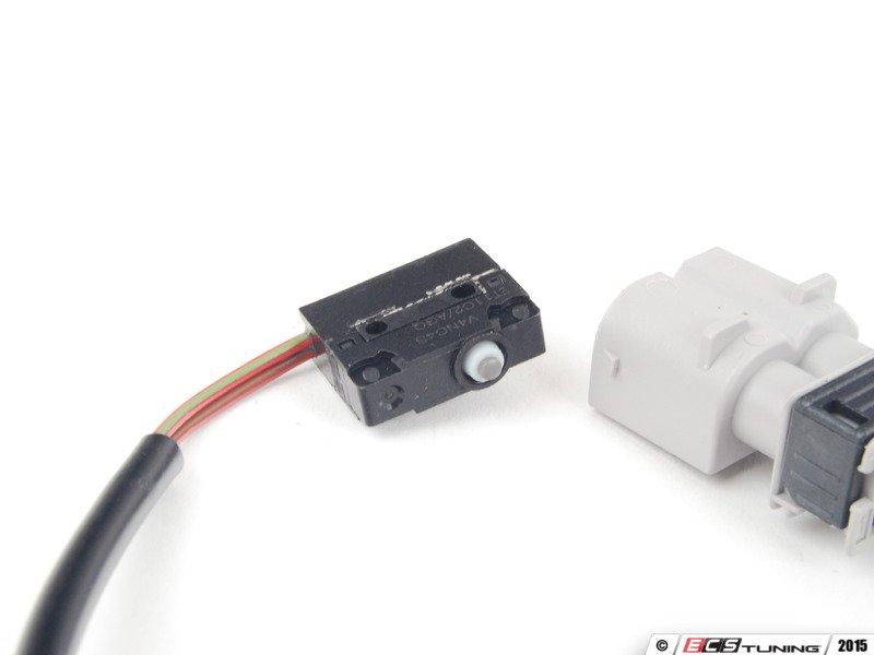 Genuine Bmw 61311387028 Front Door Micro Switch 61 31